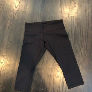 Lulu lemon black crop pants